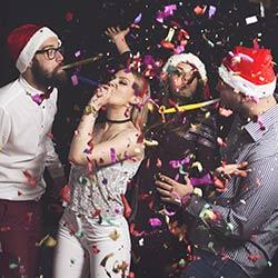 imagen de Nochevieja en Barco en Alicante, Cena en Barco + Fiesta en Barco
