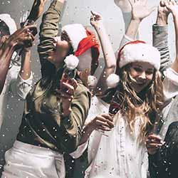 imagen de Nochevieja en Area Disco Benidorm + Barra libre + Apartamentos Centro Benidorm (2 noches)